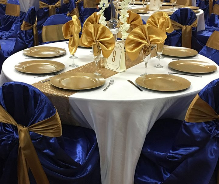 Blue and gold birthday party décor